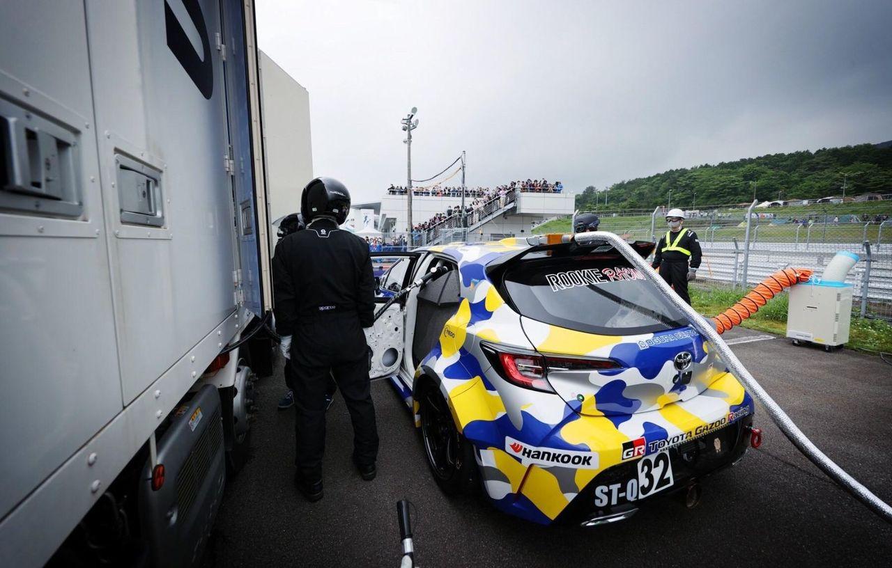 O Toyota Corolla alimentată cu hidrogen a concurat într-o cursă de 24 de ore