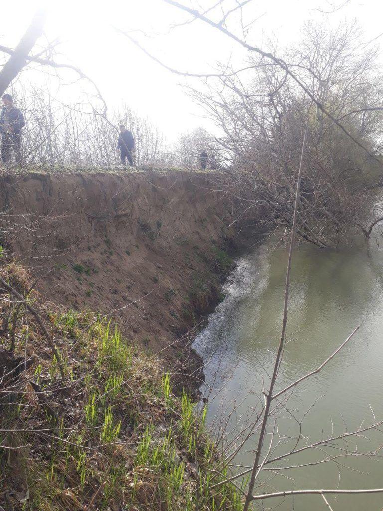Inundații la Ștefan Vodă: Digul de protecție a râului Nistru, săpat