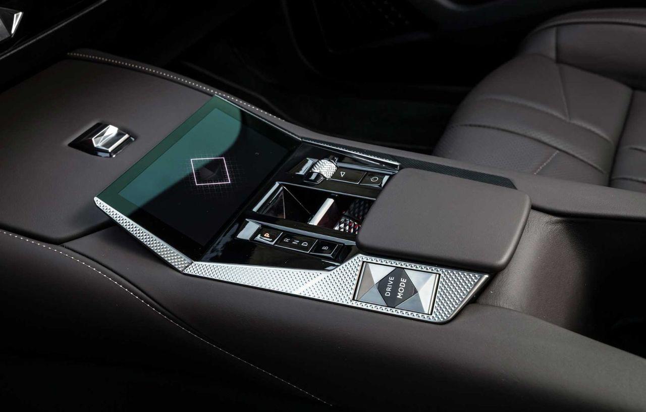 Noul DS 4: Motorizări cu până la 225 de CP și versiune pur electrică