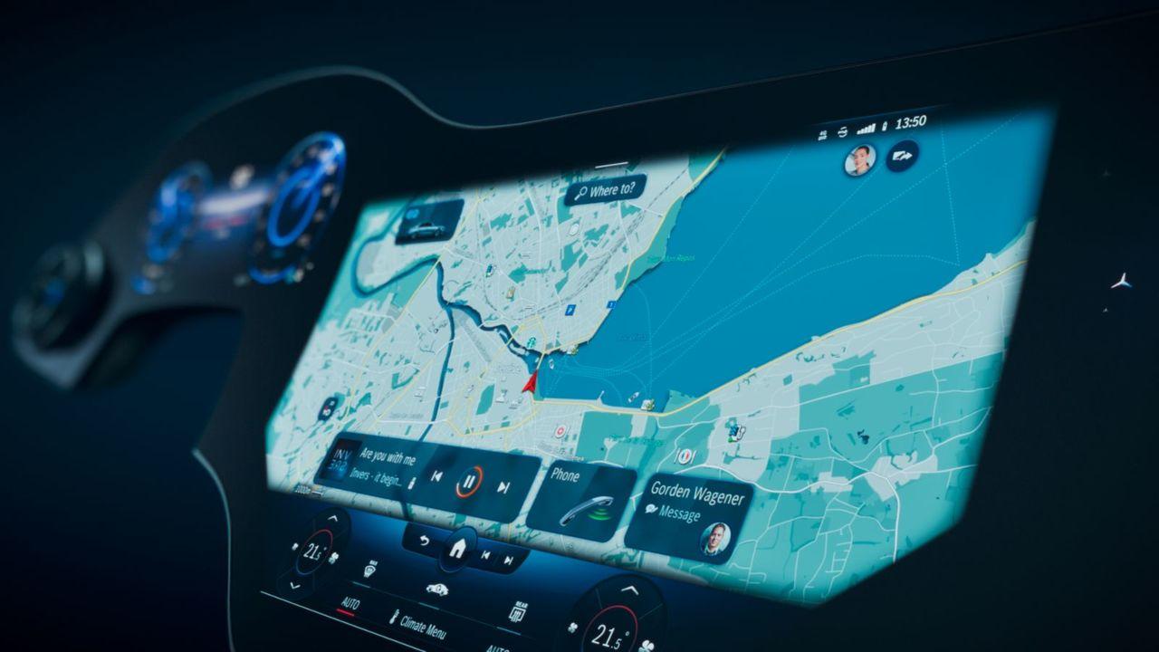 Mercedes prezintă noul sistem de infotainment MBUX Hyperscreen