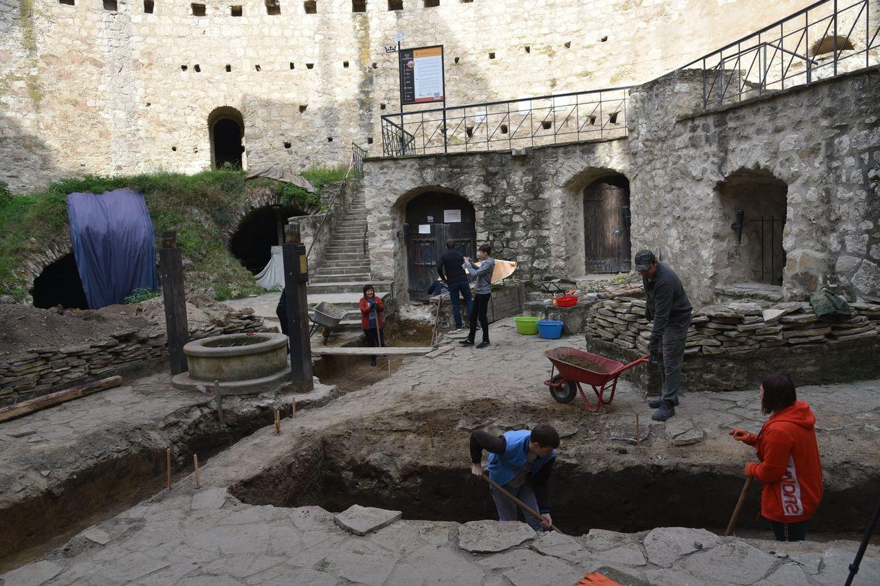Istorici: Cetatea de la Soroca nu a fost construită de Ștefan cel Mare