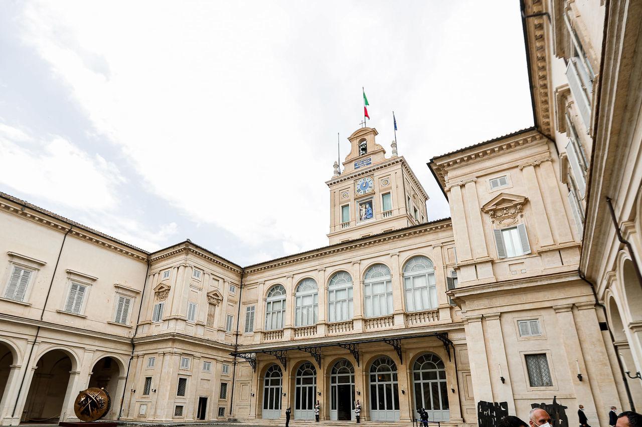 Primele imagini cu președintele Maia Sandu pe covorul roșu la Roma