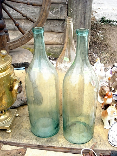 Бутылка самогона в подарок
