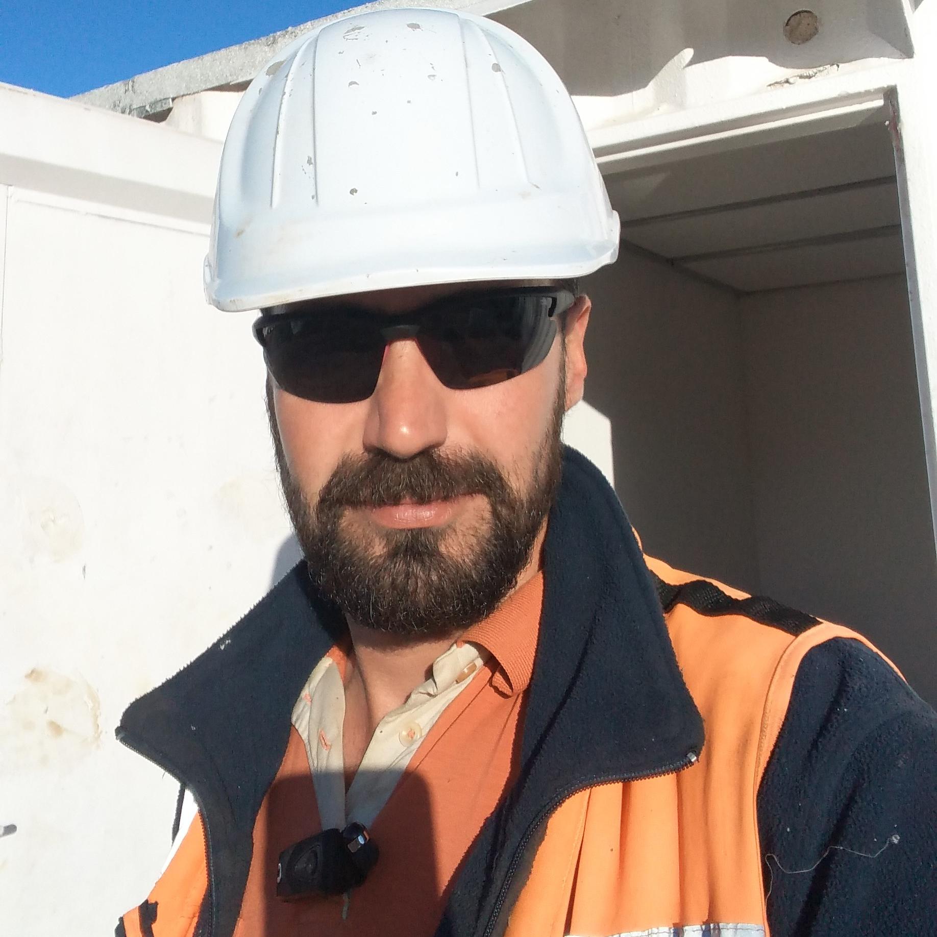 Muncitor cu experienta costructii generale