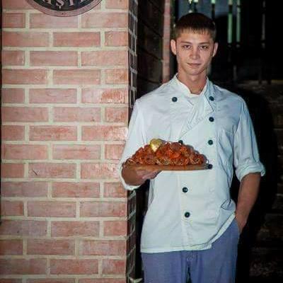 Повар,помощник повара,персонал для отеля,