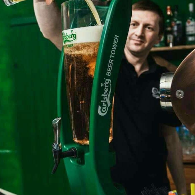 бармен, официант, бариста