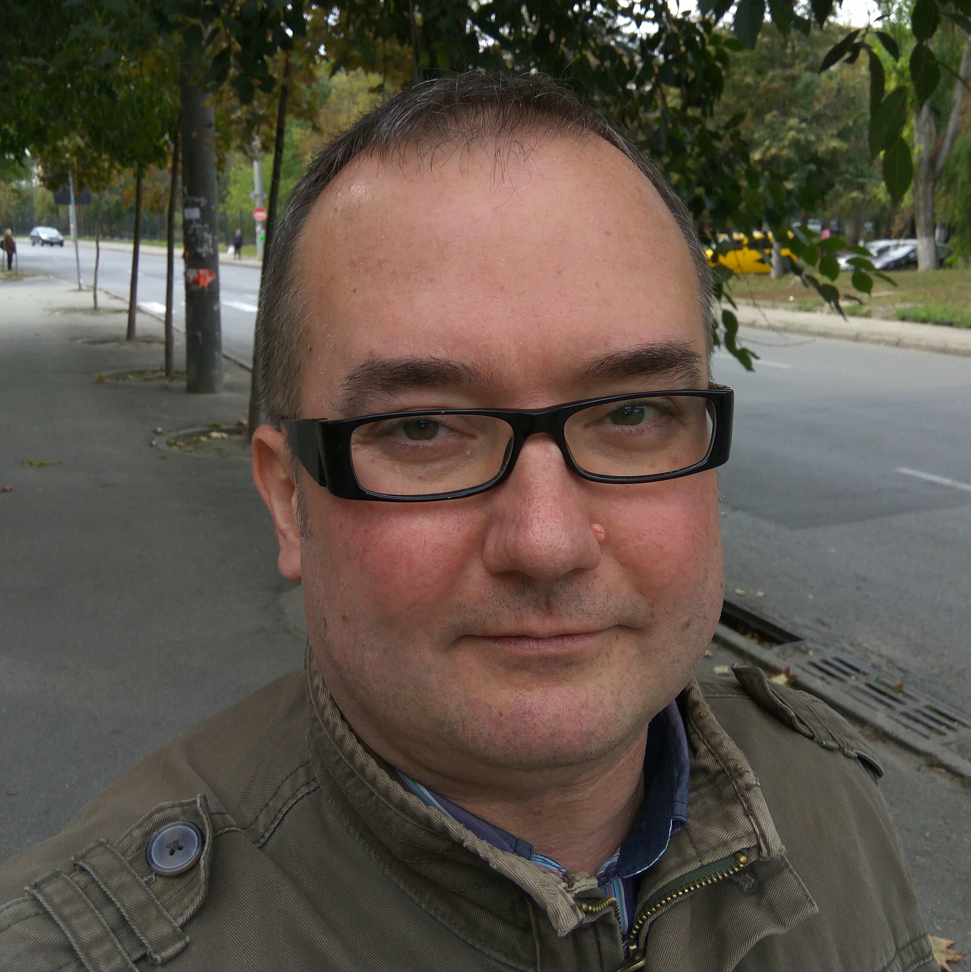 Руководитель проекта, отдела и пр.