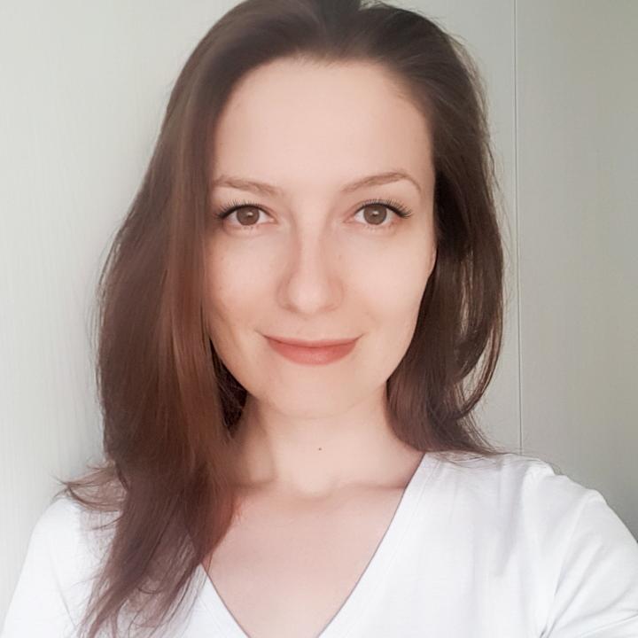 Stomatolog / Asistenta in cabinet de stomatologie