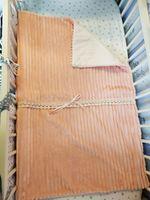 Одеяло пледик для новорожденных PAMPY персиковый плюш