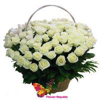 купить Корзина с белыми розами - 101 шт. в Кишинёве