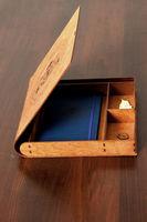 Коробка под бизнесс набор с гнутой крышкой