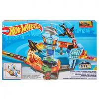 Mattel Hot Wheels Игровой набор Гонки в аэропорту