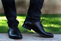Pantofi negri barbatesti