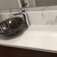 Столешница для ванной комнаты из Белого Мрамора Volakas