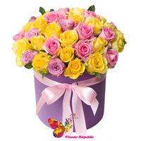 купить Розы в шляпной коробке «Бетти» в Кишинёве