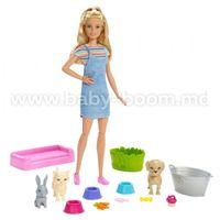 """Barbie FXH11 Набор с куклой """"Купай и играй"""""""