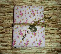 Jurnal roz cu pandantive sageata si inima.Handmade