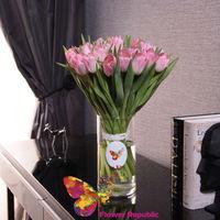 купить Букет из 25 розовых  тюльпанов в вазе в Кишинёве