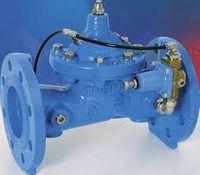 Фланцевый самонаводящийся регулятор давления  WATTS PR500  DN100