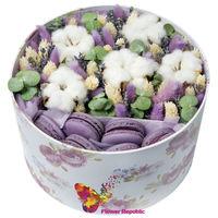 купить Сиреневая композиция в шляпной коробке со сладостями в Кишинёве