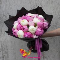 купить Монобукет из микса ароматных белых и розовых пионов в Кишинёве