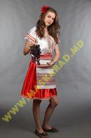 Молдавский женский национальный костюм