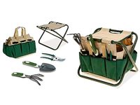 Набор садовых инструментов и стул