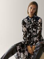 Платье Massimo Dutti Черный с принтом 6673/874/800