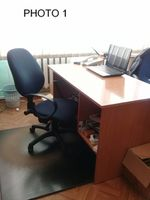 Распродается офисная мебель (столы)