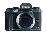 купить DC Canon EOS M5 Body в Кишинёве