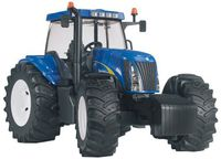 Bruder New Holland TG285 (03020)