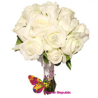 cumpără Buchet de mireasa de  trandafiri albi în Chișinău