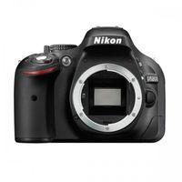 Зеркальная фотокамера NIKON D5200 Body