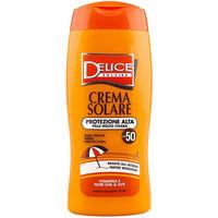 Солнцезащитный крем SPF50 Delice Solaire, 250 мл