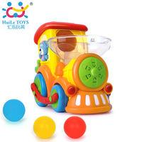 Huile Toys Паровозик с музыкой и светом