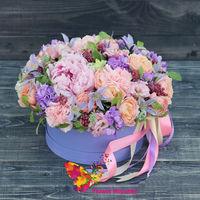 купить Нежная цветочная композиция в шляпной коробке в Кишинёве