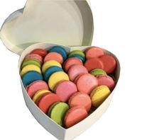 cumpără Inima cu macarons în Chișinău