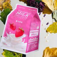 A'pieu Осветляющая тканевая маска с молочными протеинами и экстрактом клубники