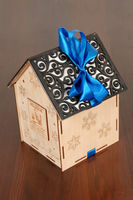 """Подарочная коробка """"Домик"""""""