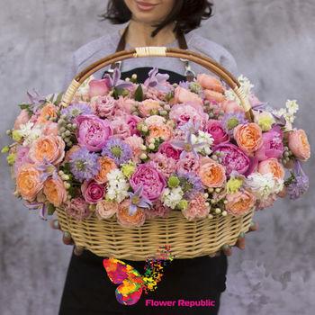 купить Большая нежная ароматная летняя корзина в Кишинёве