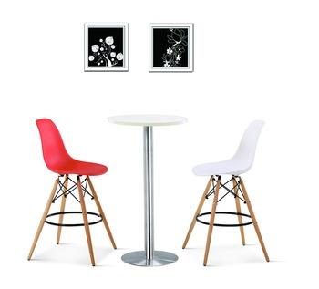 купить Барный стул из пластика и с деревянными ножками, белый в Кишинёве