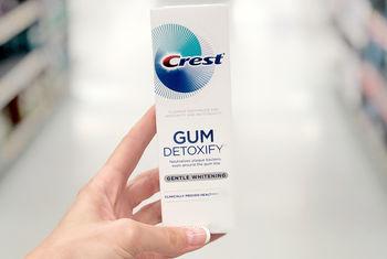 купить Crest - Gum Detoxify Deep Clean в Кишинёве