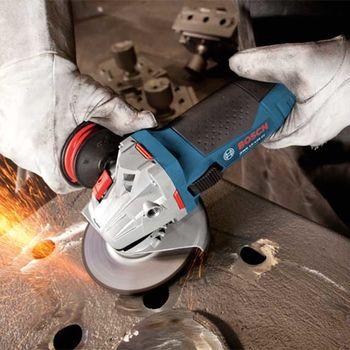 Угловая шлифовальная машина Bosch GWS 15-125 Cl 125 мм