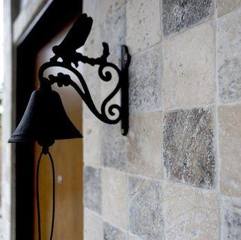 купить Травертин Серебряный крест античный 10 х 10 х 1 см в Кишинёве
