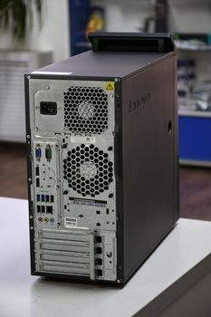 купить Lenovo M83 TOWER Intel® Core™ i7-4770 Processor (8M Cache, up to 3.90 GHz) 4096Mb DDR3 ,HDD 500GB, Windows 10 HOME в Кишинёве