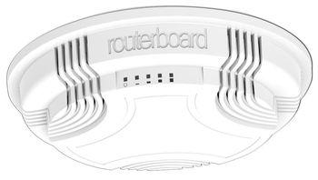 Mikrotik RBcAP2n Wi-Fi точка доступа, Скорость портов 100 Мбит/сек, Питание через Ethernet-кабель (PoE) крепление на стену/потолок:потолочный монтажный цоколь, крепление для установки, набор дюбелей и шурупов.