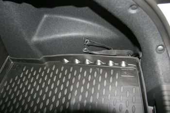 HYUNDAI i30, 2012-> хб. Коврик в багажник