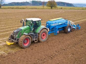 купить Digger 3 P HW - полунавесной глубинный культиватор 7 лап (2,9 метра) с бункером для удобрений/семян - Фармет в Кишинёве