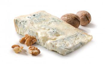 """купить """"GRAN BAVARESE"""" Сыр с плесенью  ИТАЛИЯ 200=68 ЛЕЙ в Кишинёве"""