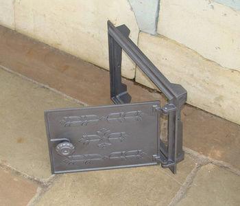 Дверца чугунная глухая DPK12